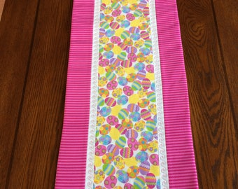 Easter Table Runner, Easter Eggs, Spring, Easter Decor, Wedding Gift Idea, Gift Idea, Housewarming, Spring time, Holiday