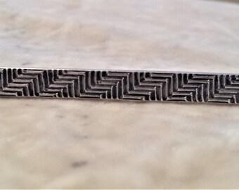 Sterling Silver Zig-Zag Bar Pin