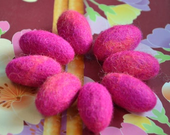 8pcs Felted Wool Pebbles (Pink with Orange)