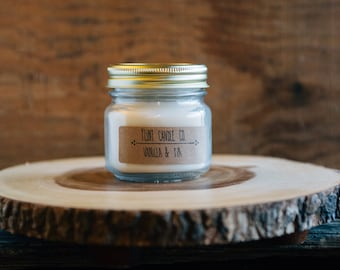 Vanilla & Fir - Scented Soy Candle 7oz