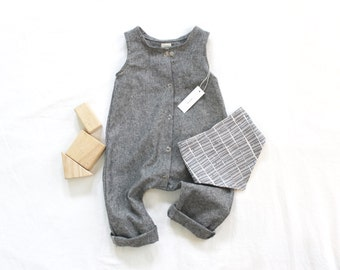 Made to Order Baby Linen/Cotton Snap Up Romper in Grey/Black