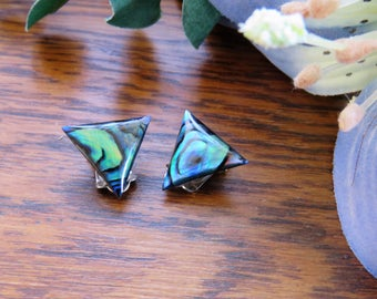 Retro triangular clip-on abalone earrings