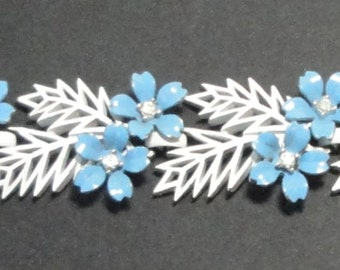 1958 CROWN TRIFARI Flowering Fern White and Blue  Flowers Bracelet. Rare
