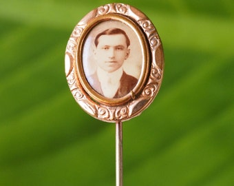 Victory Stick Pin, Mourning Memory Pin, Photo Pin, Brooch, Vintage Jewelry, Vintage Brooch, Costume Jewelry, Antique Stick Pin, Cravat Pin