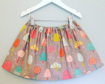 Handmade skirt in grey, coral, turquoise and aqua. For girls age 5-6.