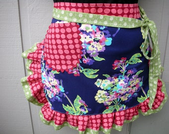 Womens Aprons - Amy Butler Apron - The Water Bouquet Apron - Amy Butler Love Apron - Amy Butler Fabric -  Etsy Aprons - Annies Attic Aprons