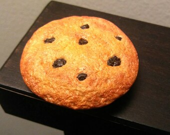 Chocolate chip cookie magnet (listing is for a set of 4 magnets)