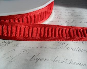 7/8 inch French Rockin Red Shirred Ribbon