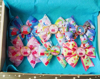 Peppa pig bow Peppa pig gift Peppa pig outfit Peppa bow Peppa pig Hair bow Girls hair bow Pigtail bows set Party bow Newborn bows Baby bows