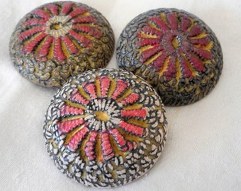 Set of 3 VINTAGE Painted Molded Plastic BUTTONS