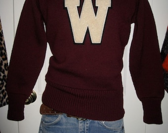 Vintage 1940's Wesleyan University College Football Letter W Burgundy Sweater size Small