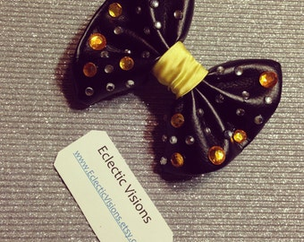 Ready to ship-Bubble goth cutesy bow with barrette back ooak