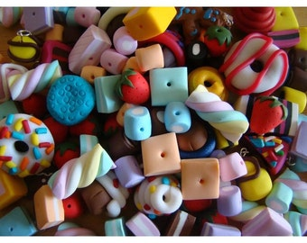 140 x Polymer Fimo Clay Pick and Mix, Doughnut, Cakes, Biscuits, Chocolate, Shrimps, Bananas, Mice, Sweets, Sweetie Candy beads