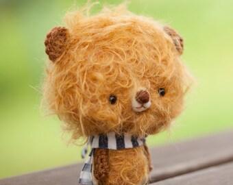 Teddy bear stuffed toy / plushie bear / miniature doll / amigurumi, blythe pet, Made to order - Milo -