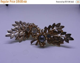 Spring Sale Vintage Signed Sara Coventry Costume Jewelry Clip On Earrings