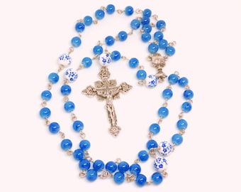 Lutheran Prayer Beads — China Blue and White With Blue Flowers — 5 Decades