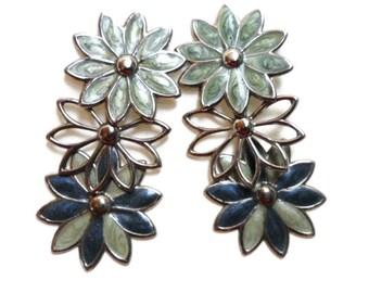 Vintage Silvertone Enamel Flower Motif  Earrings For Pierced ears