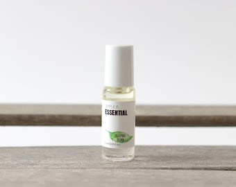 Sleeping Roll on Blend - Essential Oils: Lavender, Roman Chamomile, Patchouli, Mandarin and Sandalwood Essential Oils. Wearable Roll-on