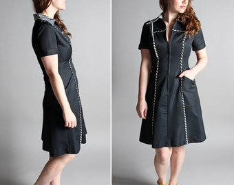 SALE Vintage 1960's Mod Day Dress - Black White Zip Up Collar Shirt Dress ShirtDress Modern Fitted Short Sleeve Go-Go - Size Medium