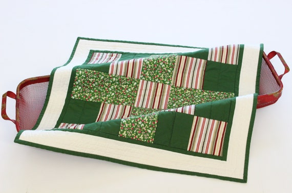 Green Floral Square Quilted Table Topper