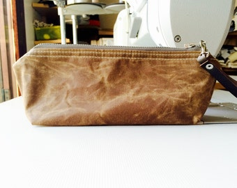Waxed canvas pouch - waxed canvas bag, tan brown travel pouch, zipper pouch, christmas gift pouch