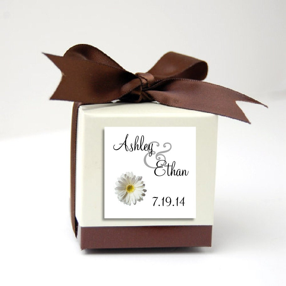 100 White Daisy Wedding Favor Stickers. Personalized printed square ...