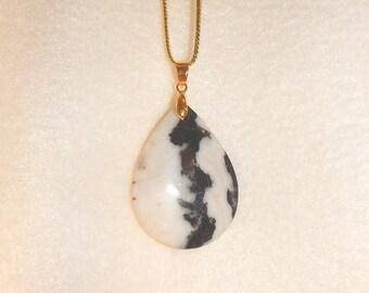 Teardrop-shaped Black & White Zebra Jasper pendant necklace (JO371-1)