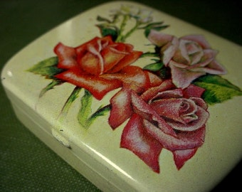 Lot Small Vintage Tin Stamped Made In Switzerland Shabby Cottage Chic Rose Flower Never Used Pill Trinket Mint Keepsake Box 2 X 1/2 Inch S4A