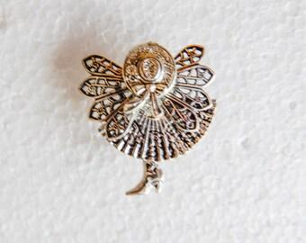 Sunbonnet Angel Pin