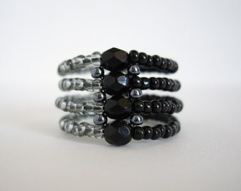 Seed bead ring, Right angle weave ring, Black ring, Woven ring, Beaded ring, Beadwork ring, Size US 7