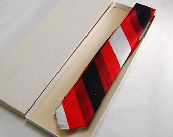 1960s Narrow Silk Beau Brummel Necktie with fine Red, Burgundy, White, and Black Stripes