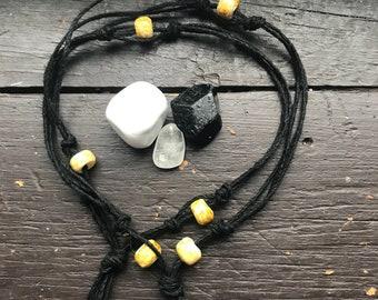 Yin & yang hemp necklace