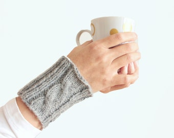 Knitted cuffs Knit cuffs irish knit arm warmers Wool cuffs Knit wool cuffs Wool knit gift girlfriend mittens Spring fashion gift