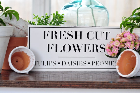 Fresh Cut Flowers | Wood Sign | Flowers Sign | Flower Market | Tulips | Daisies | Peonies | Small Sign | Black and White | Home Decor