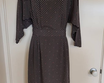"Stripe ""Moods"" VTG Stripe Dress w/ Button up back Sz10"