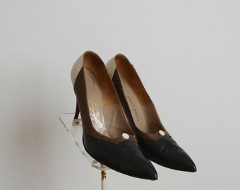 ON SALE - Vintage 1960s Shoes - 60s Stiletto Heels - The MaryAnn