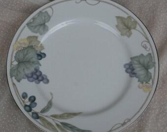 Vintage Noritake Grape Arbor Dinner Plate