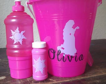 Monogram bucket, bubbles and cup with snackholder set