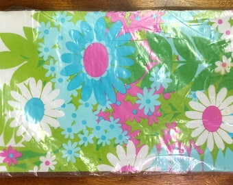 1960's Deadstock Tablecloth, Vintage Disposable Table Cover, Hallmark Paper Tablecloth With Pink & Turquoise Flowers