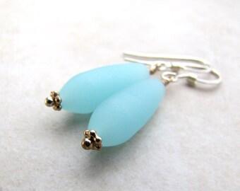 Sea Glass Earrings, Seaglass Earrings, Beach Jewelry, Beach Wedding, Seaglass Jewelry, Ocean Earrings, Beach Earrings, Beach Glass