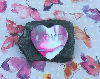"Pink & White Heart on Black slate Inscribed ""Love"""