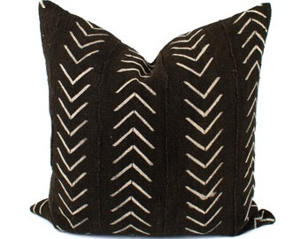 Mudcloth Pillow Cover, Authentic African Mud Cloth Pillow, Arrows, Black & White | 12x24, 14x20, 18x18, 20x20, 22x22, 24x24 |  'Sonja'