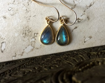 Labradorite Earrings Gold,Labradorite Teardrop Earrings,Gemstone Drop Earrings Gold,Gold Labradorite,Labradorite Jewelry,Everyday Earrings