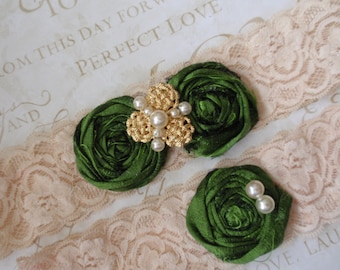 Green Garters, Dupioni Silk Wedding Garters, Shabby Chic Garter Set, Wedding Accessory, Bridal Garters. Handmade Garters, Rosettes Garters