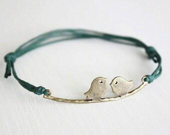 Love Birds Bracelet or Anklet in Antique Brass, Bronze Birds Bracelet, Bird Bracelet, Birds Jewelry, Animal, Woodland Jewelry, BFF, Friend