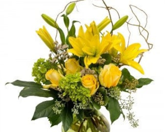 Rays of Sunshine. Fresh Flowers. LOCAL DELIVERY to: 33160, 33180, 33162, 33179, 33154, 33004, 33009, 33019, 33020, 33021