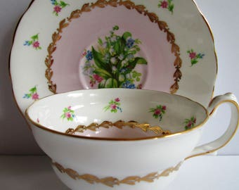 Vintage Made In england Grosvenor Tea Cup And Saucer