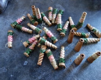 miniature antique wooden spools, for crafting, shadow boxes or jewelry