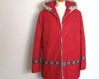 Vintage 70s 80s Insulated Inuit Eskimo Quilted Parka - Red Faux Fur Hooded Winter Snow Coat Jacket - L XL