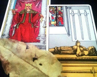 A Clue and What to Do About It Advice Spread Tarot Card Reading - 2 Cards